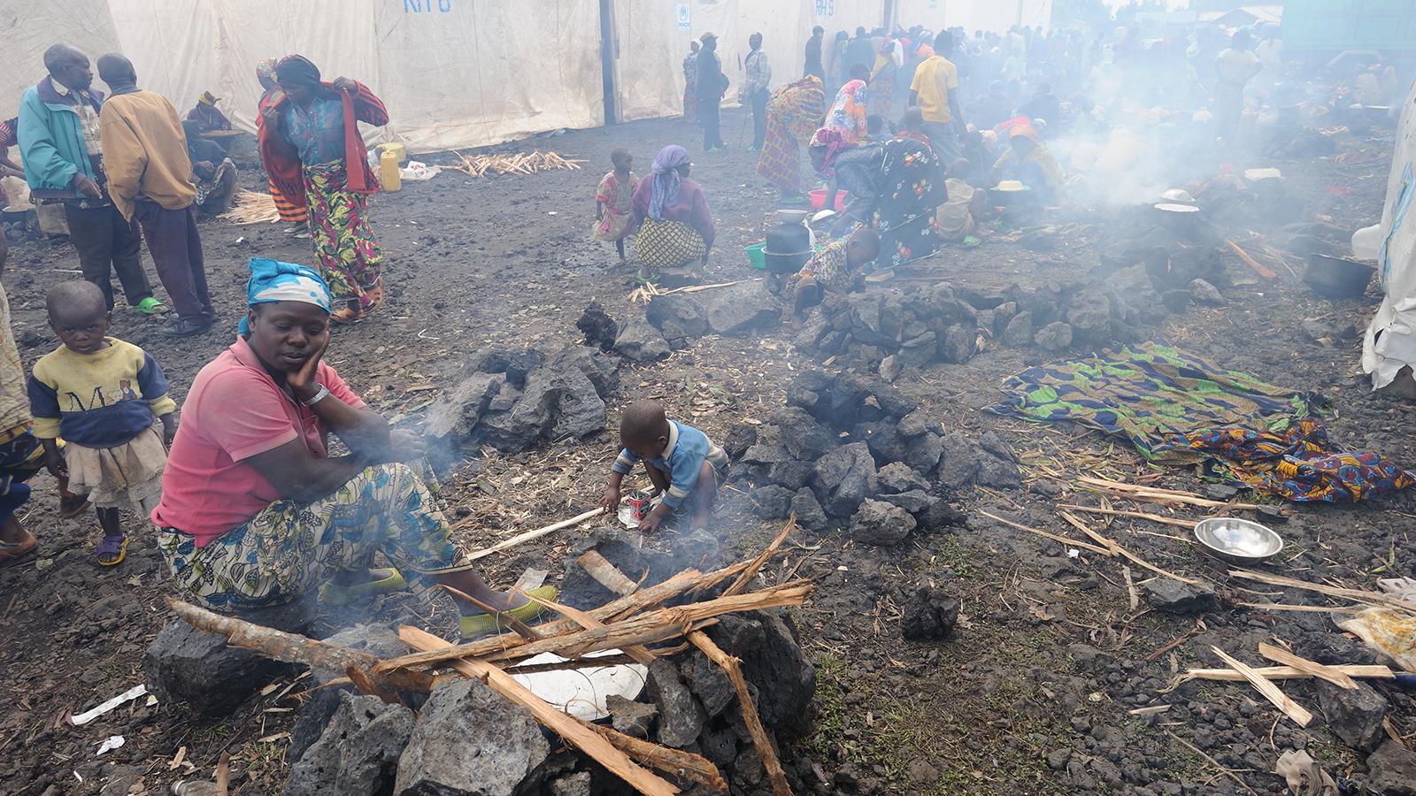 Flygtningelejr i Congo. Efteråret 2008.