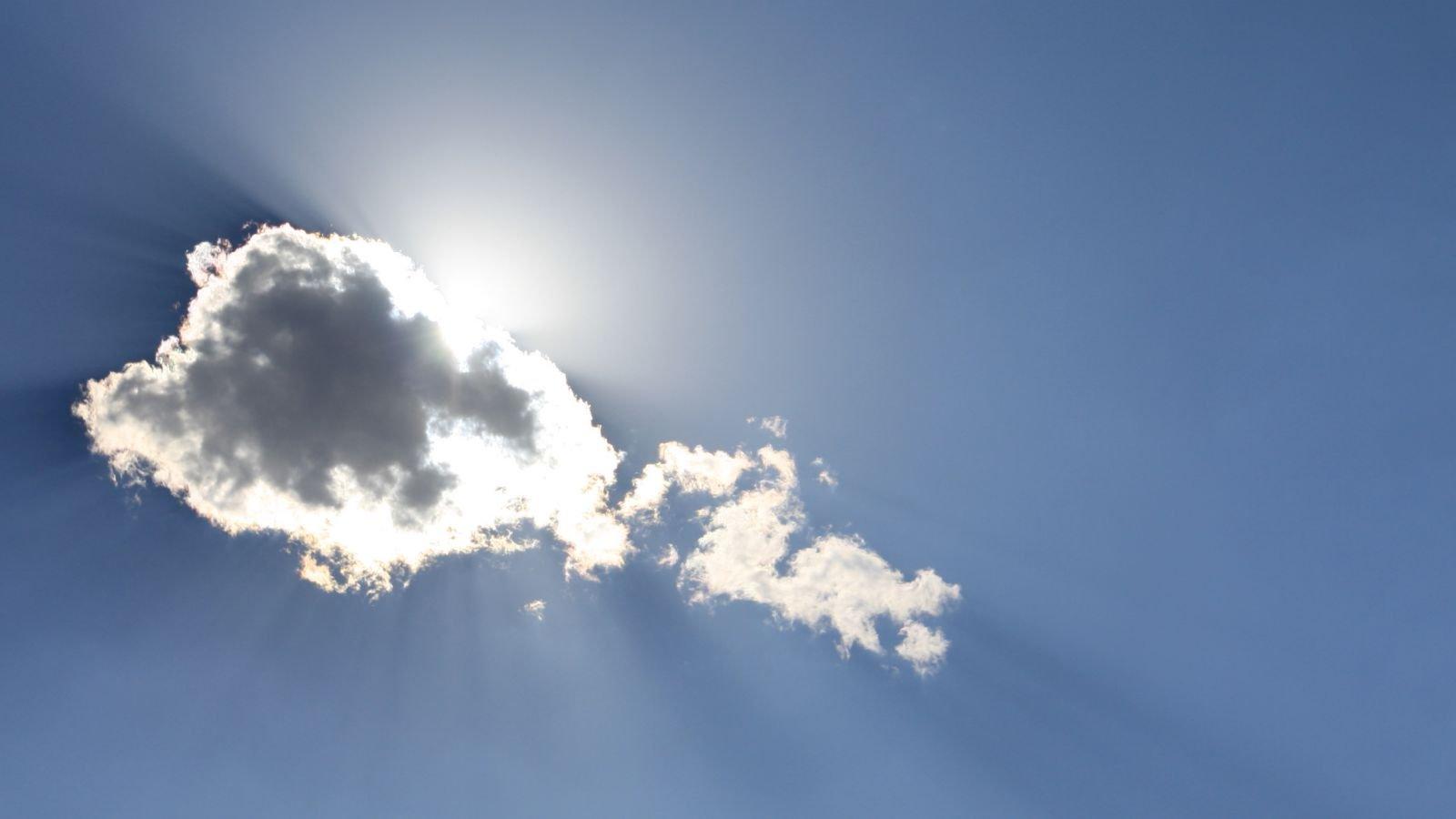 Læs om skyer og skyers påvirkning på klimaet