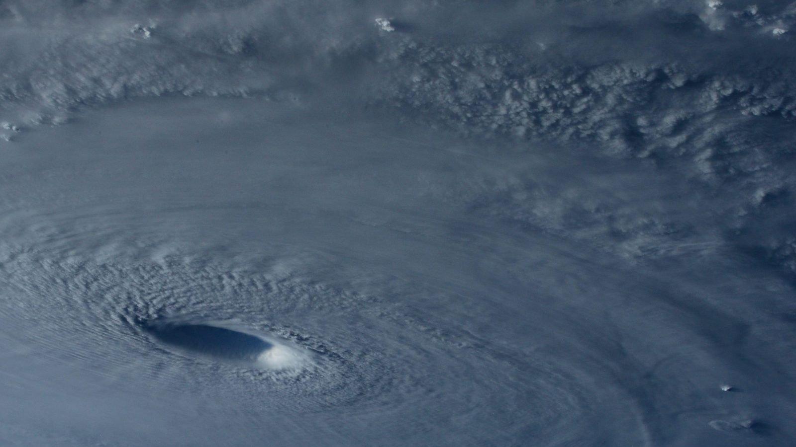 Storme smelter isen på Antarktis